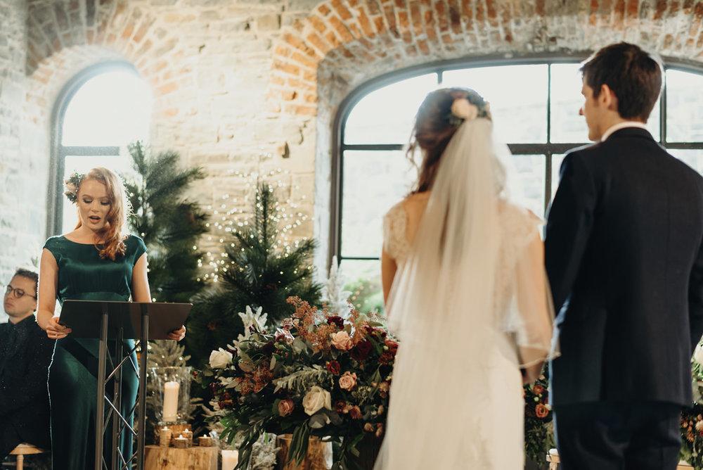 winter-wonderland-wedding0031-1.jpg