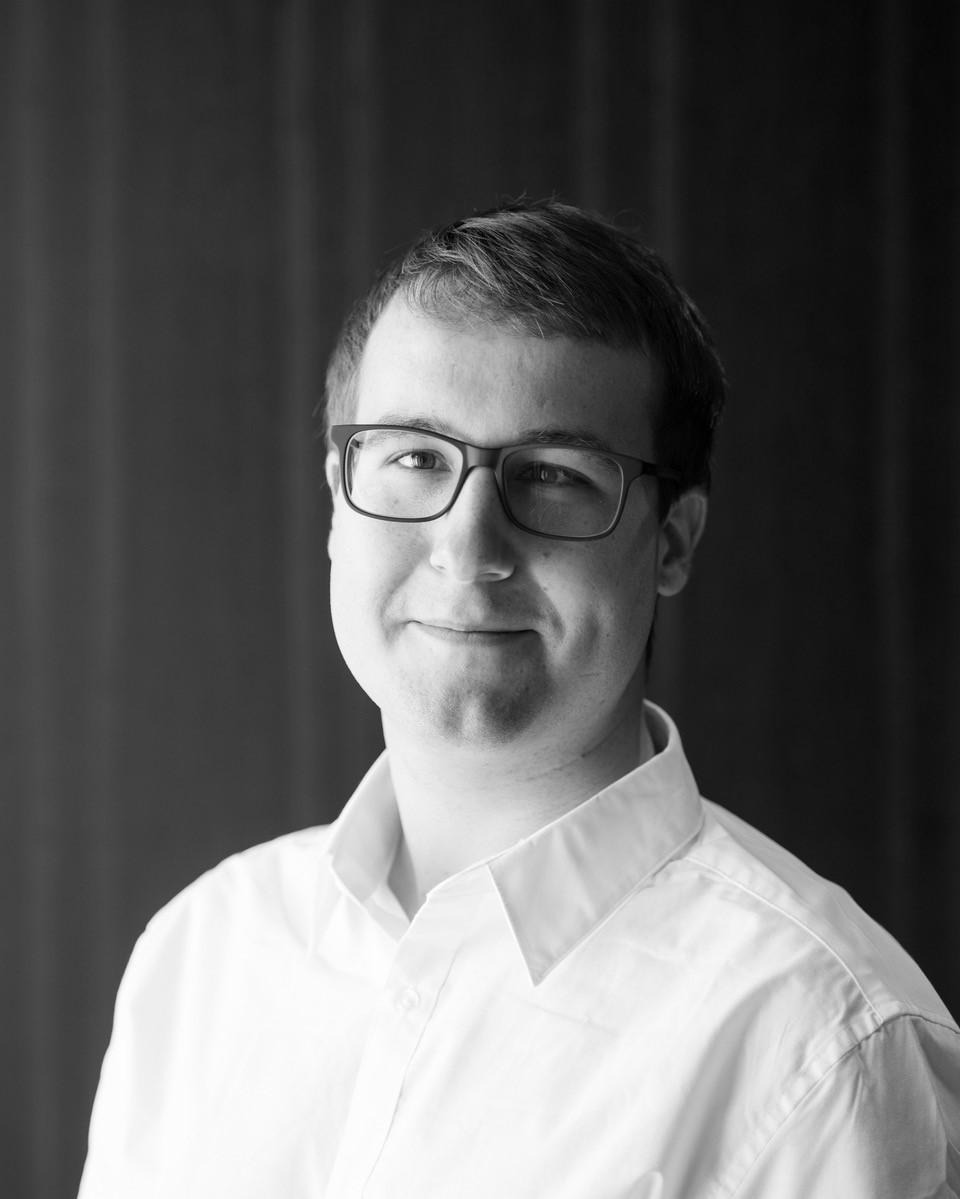 Sven Stücki    Software Engineer