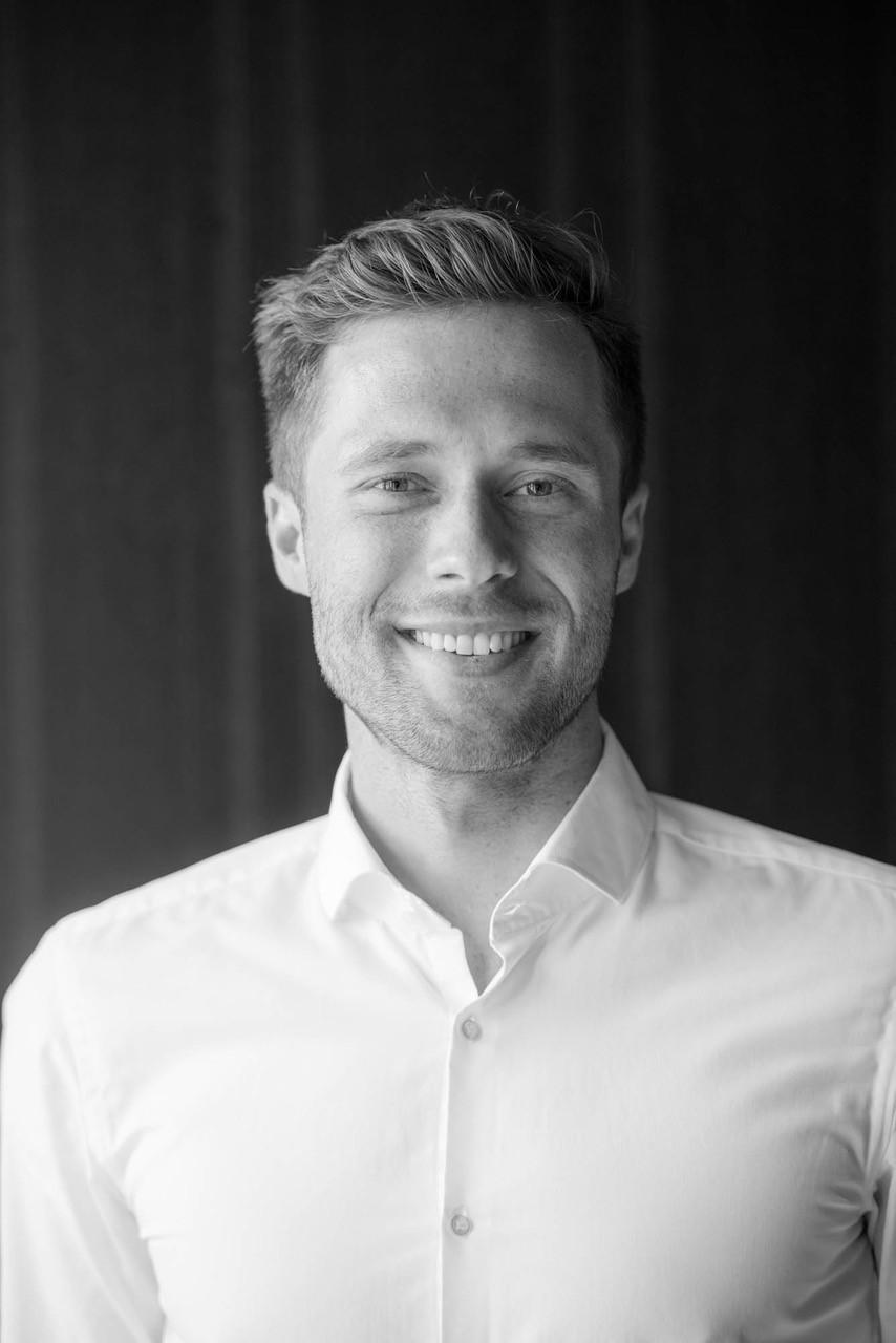 Matthias Weissl    Co-Founder & CEO