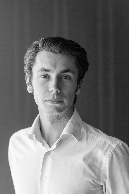 Krzysztof Adam Górski    Legal Analyst