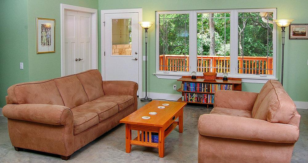 living-room_4927305609_o.jpg
