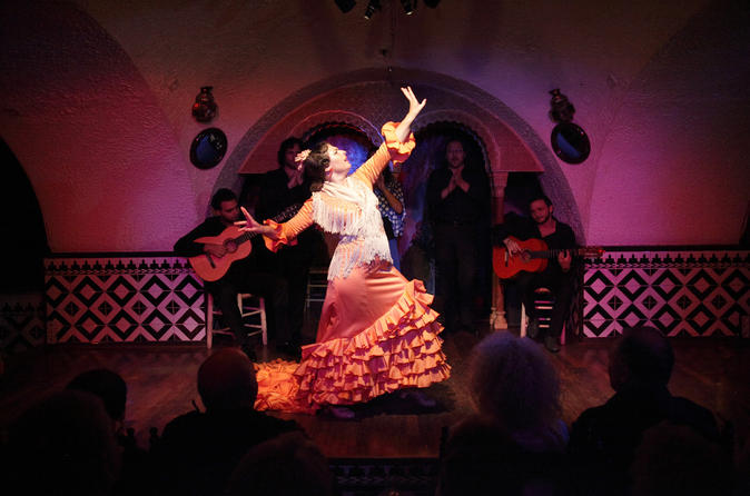 tapas-and-flamenco-show-at-tablao-flamenco-cordobes-in-barcelona-471330.jpg