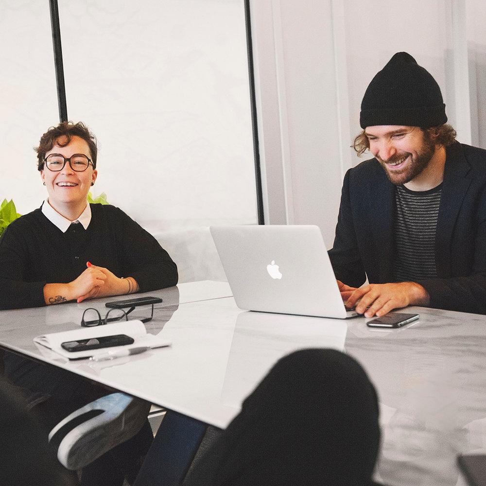 L'Ambassade - C'est à la fois un espace créatif et des ateliers collaboratifs qui vous permettront d'activer et d'enrichir votre compréhension de l'univers numérique. C'est l'endroit et le soutien qu'il vous faut pour accomplir vos ambitions et faire grandir votre entreprise.