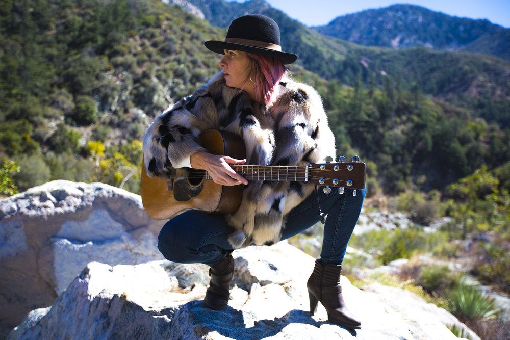 101518 Quincy Coleman San Gabriel Mountains LA FINALS photo Ari Sturm 03.jpg