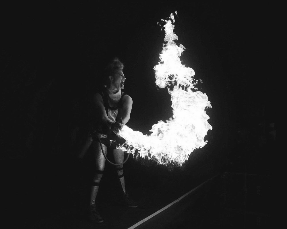 Holly Watson   is a multi skilled aerialist who specialises in flying trapeze. She trained at Circomedia and Gorilla Circus and loves her Bassline crew. Her other skills include dance, fire performance, clowning and generally being seriously silly in front of an audience.