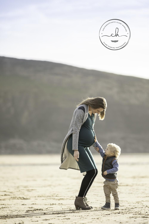 maternity-photoshoot-vale-of-glamorgan.jpg
