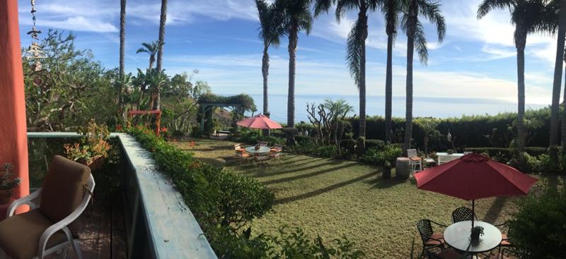 Pravinas-Garden-Malibu-Engagement-Carissa-Woo-Photography_0051
