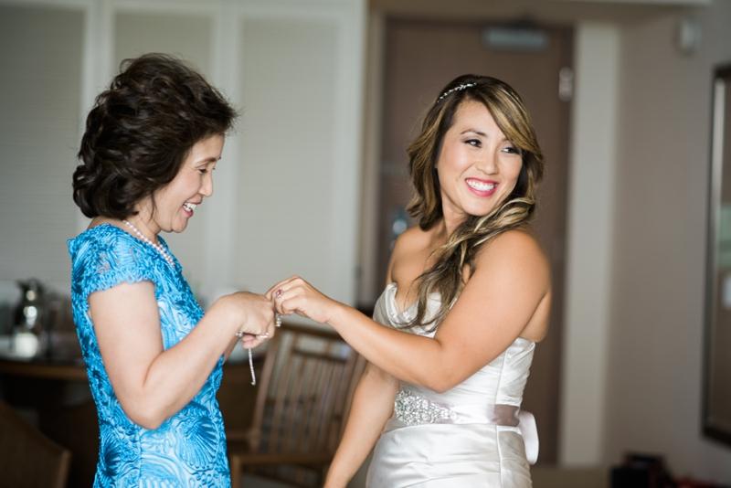 Halekulani-Hawaii-Wedding-Photographer-Carissa-Woo-Photography_0027