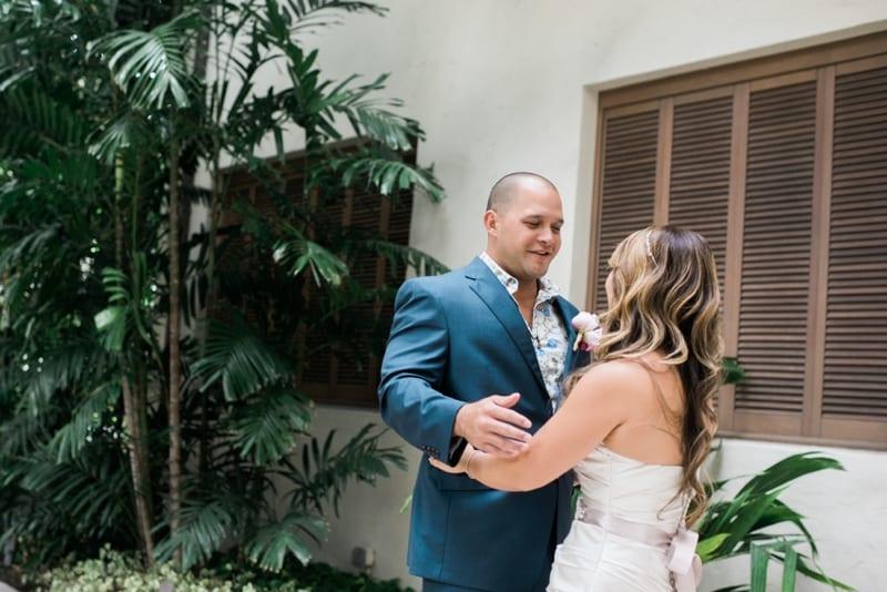 Halekulani-Hawaii-Wedding-Photographer-Carissa-Woo-Photography_0036
