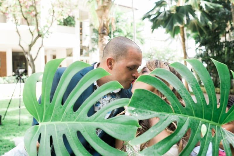 Halekulani-Hawaii-Wedding-Photographer-Carissa-Woo-Photography_0038
