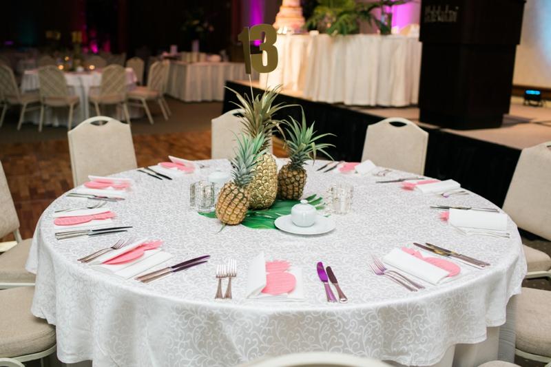 Halekulani-Hawaii-Wedding-Photographer-Carissa-Woo-Photography_0059