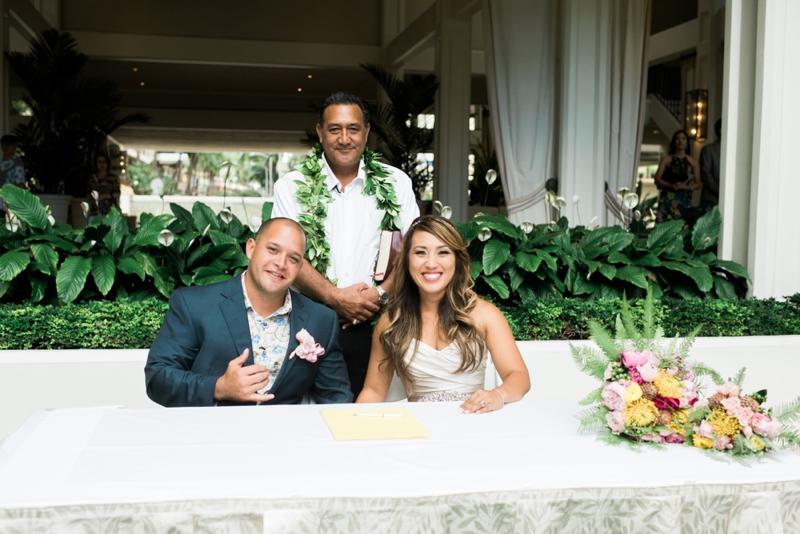 Halekulani-Hawaii-Wedding-Photographer-Carissa-Woo-Photography_0067