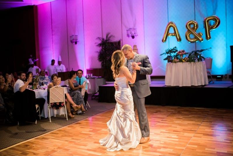 Halekulani-Hawaii-Wedding-Photographer-Carissa-Woo-Photography_0085