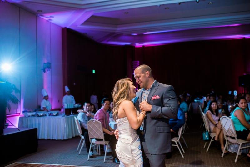 Halekulani-Hawaii-Wedding-Photographer-Carissa-Woo-Photography_0087