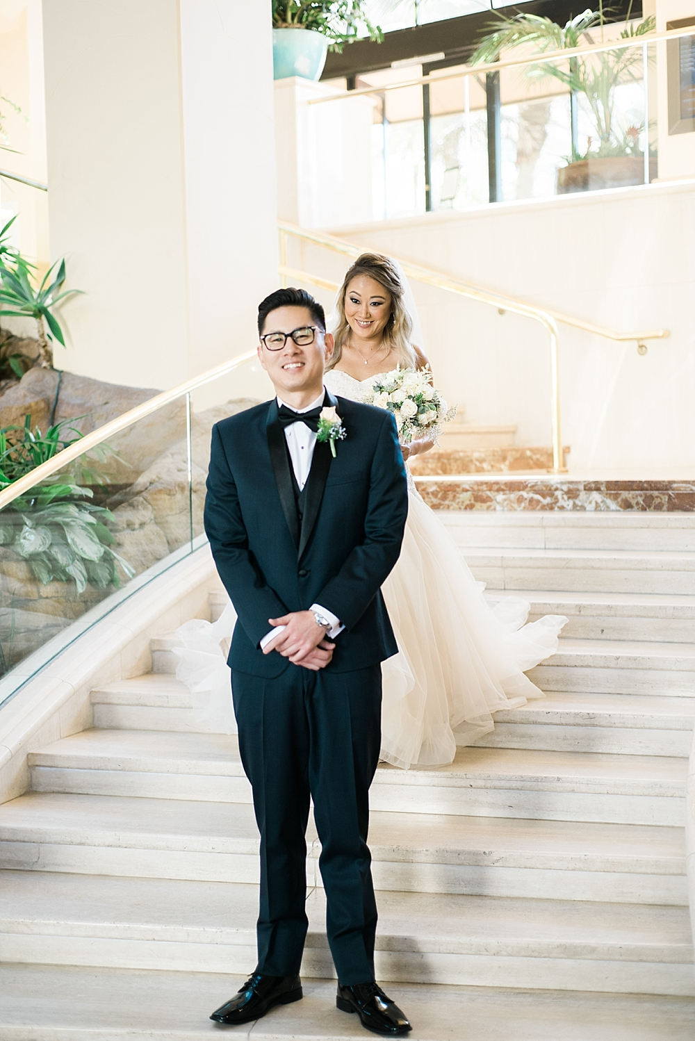 waterfront-hilton-huntington-beach-wedding-photographer-carissa-woo-photography_0024