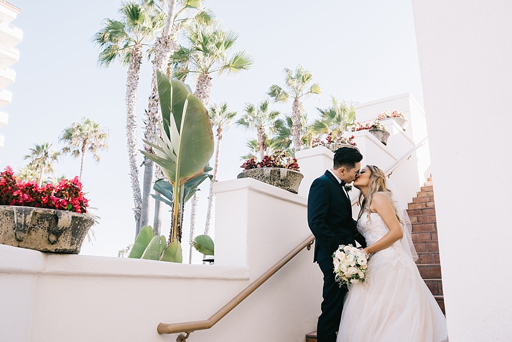 waterfront-hilton-huntington-beach-wedding-photographer-carissa-woo-photography_0041