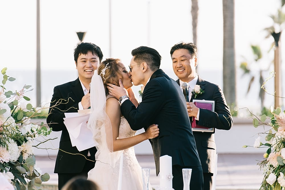 waterfront-hilton-huntington-beach-wedding-photographer-carissa-woo-photography_0055