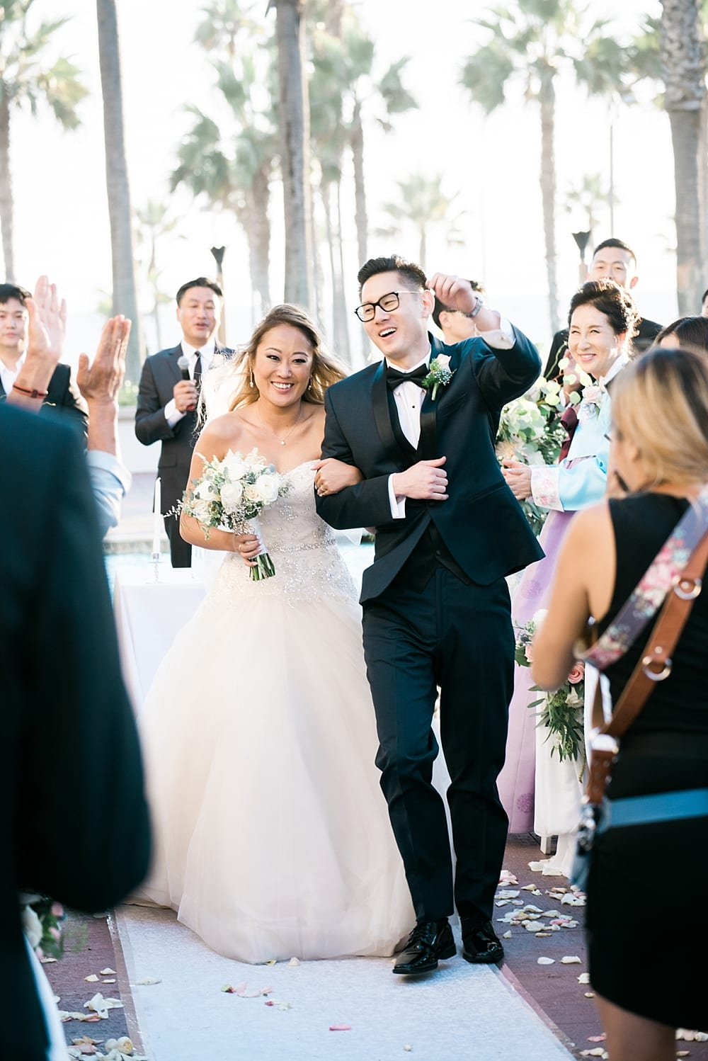 waterfront-hilton-huntington-beach-wedding-photographer-carissa-woo-photography_0068