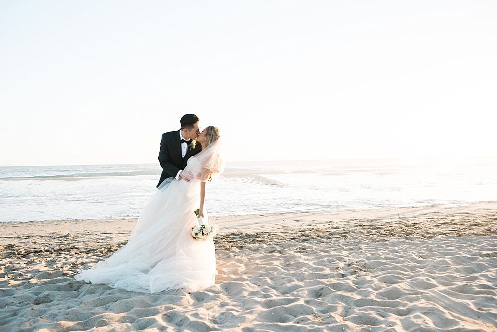 waterfront-hilton-huntington-beach-wedding-photographer-carissa-woo-photography_0069