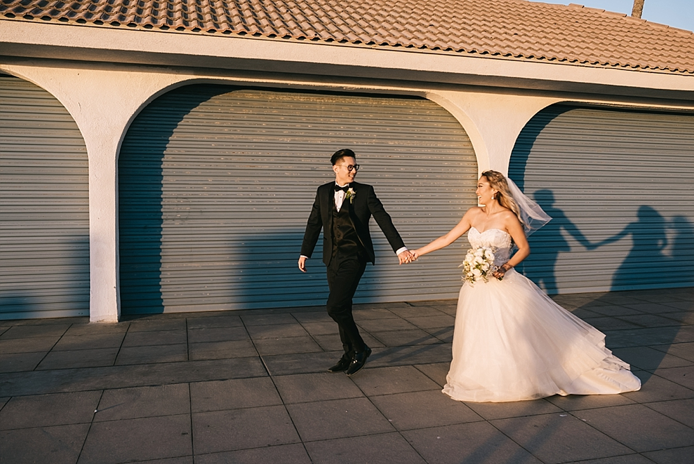 waterfront-hilton-huntington-beach-wedding-photographer-carissa-woo-photography_0074
