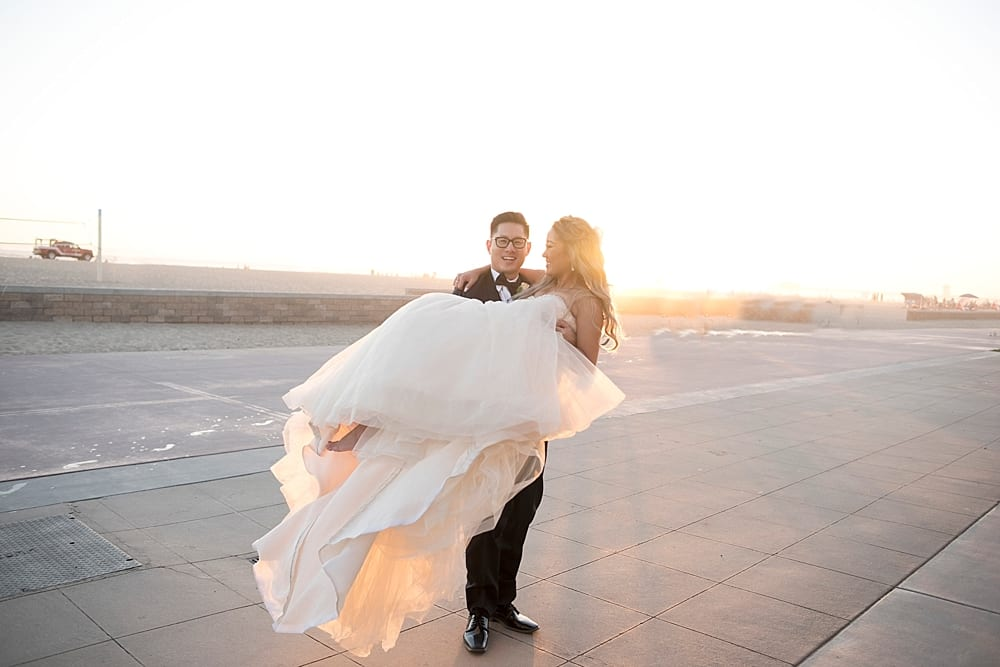 waterfront-hilton-huntington-beach-wedding-photographer-carissa-woo-photography_0086