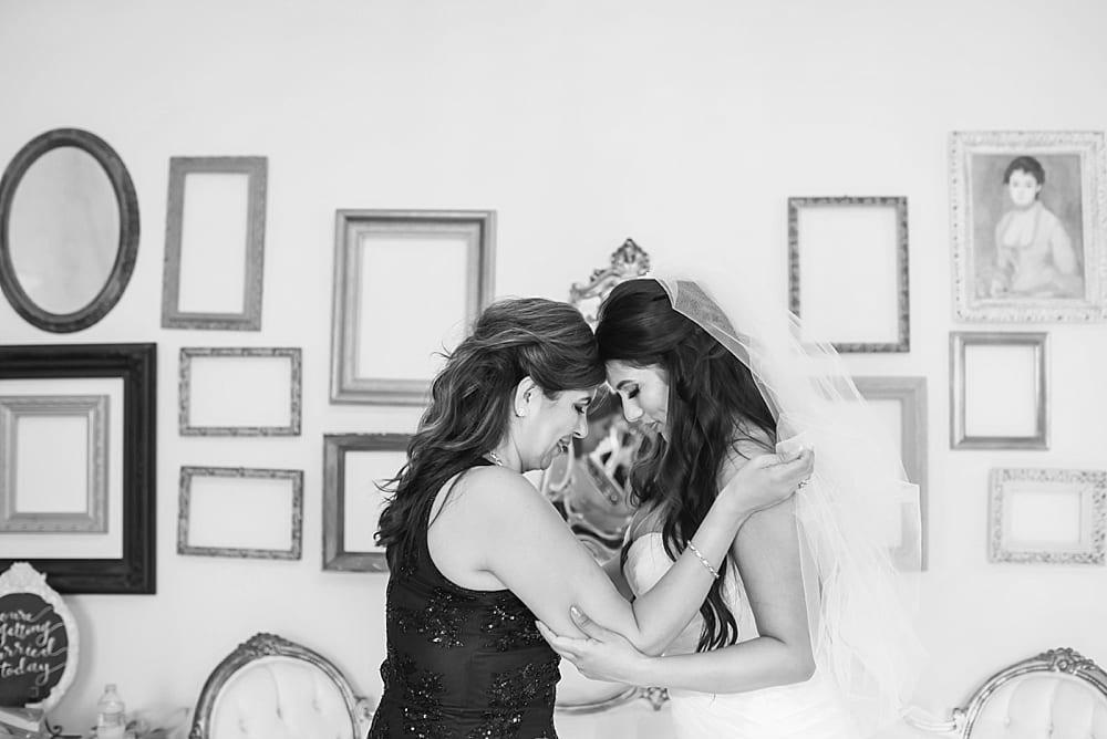 Loft-On-Pine-Wedding-Long-Beach-Photographer-Carissa-Woo-Photography_0019.jpg