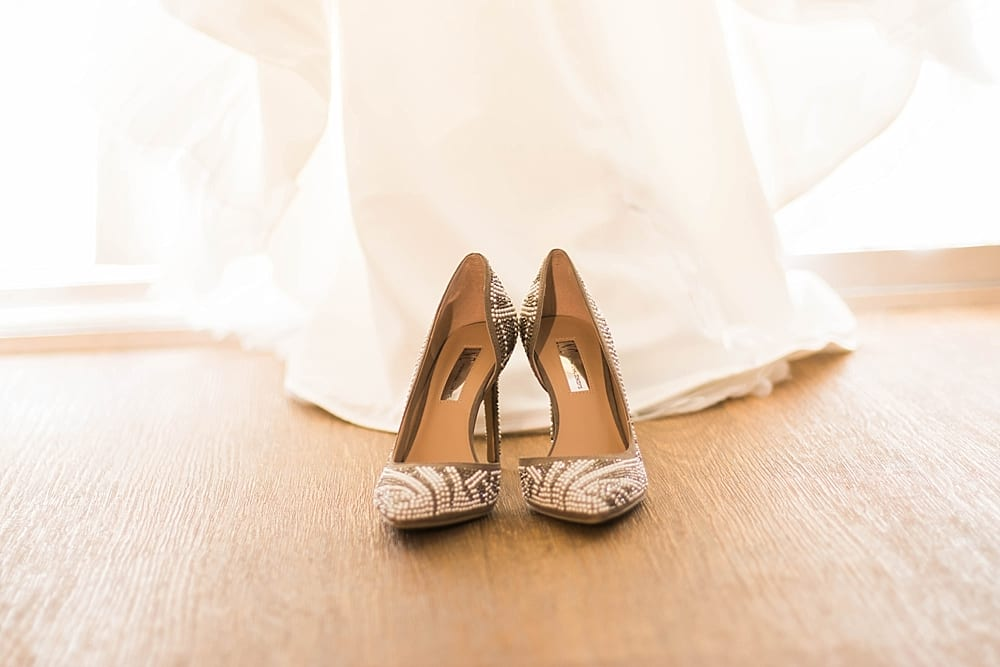 Loft-On-Pine-Wedding-Long-Beach-Photographer-Carissa-Woo-Photography_0072.jpg