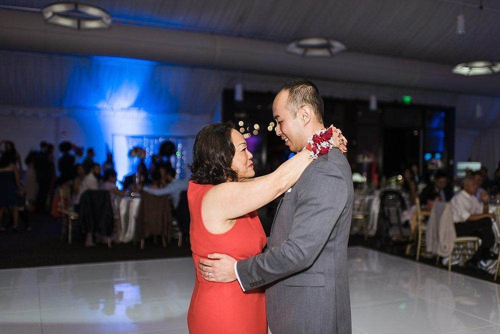 Irvine-Hotel-Wedding-Photographer-Amber-Tony-Carissa-Woo-Photography_0082.jpg