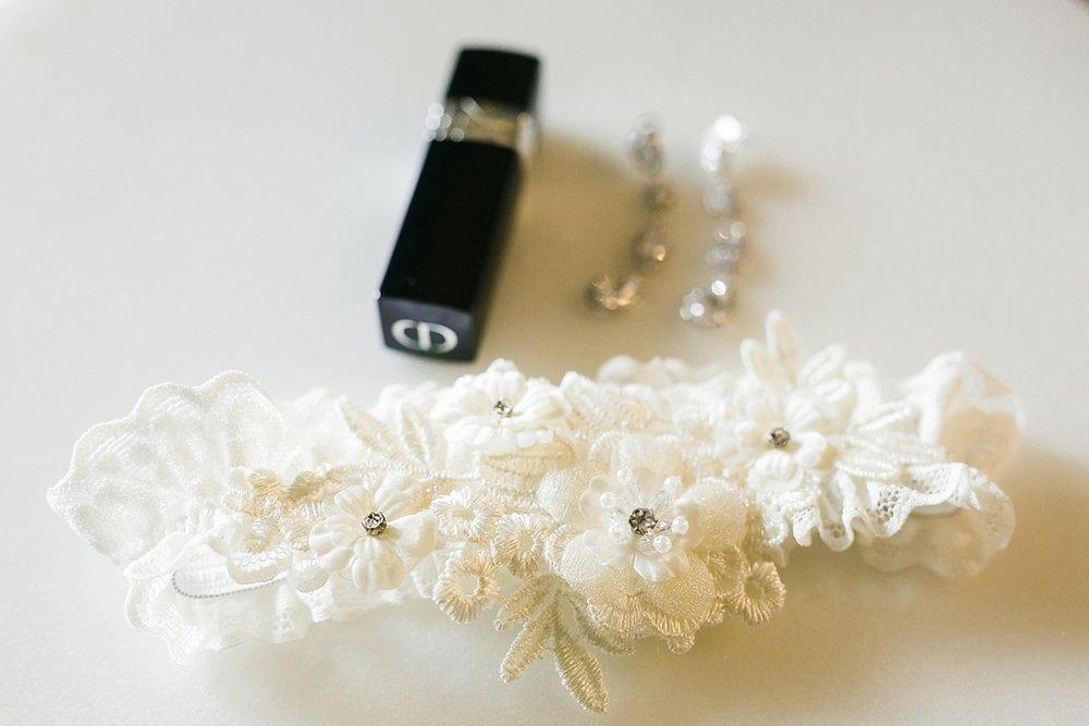The-Venue-ByThree-Petals-Huntington-Beach-Wedding-Photographer-Christine-Andrew-Carissa-Woo-Photography_0007.jpg
