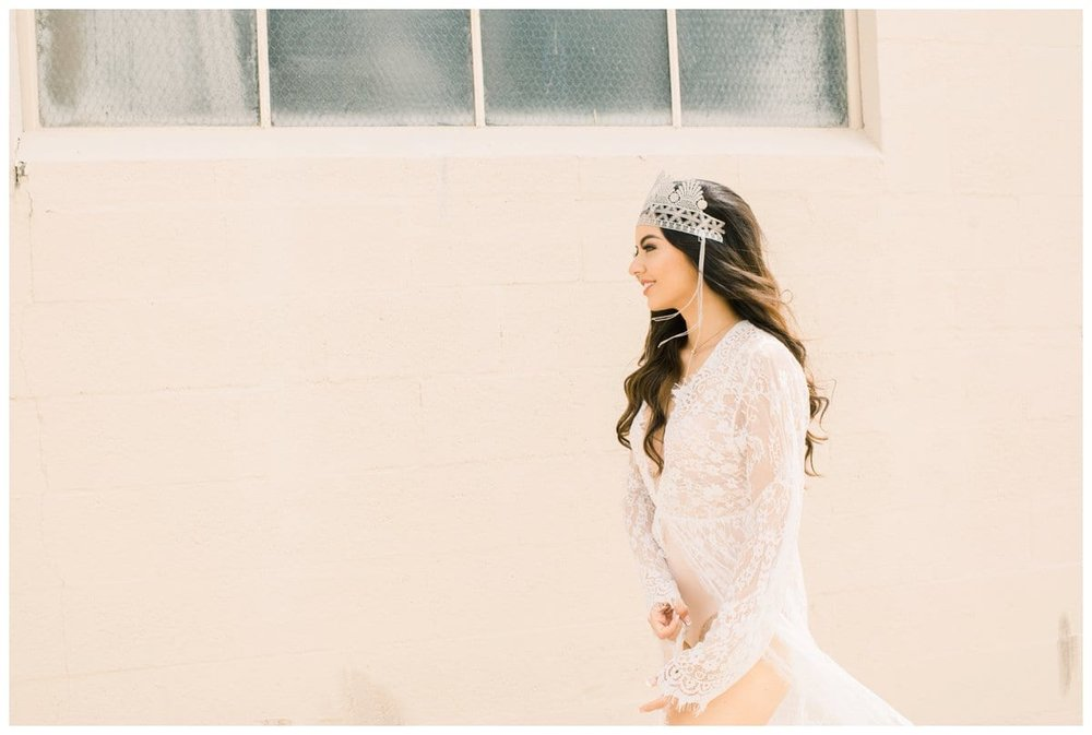 Finding-the-perfect-dress-Carissa-Woo-Photography_0003.jpg