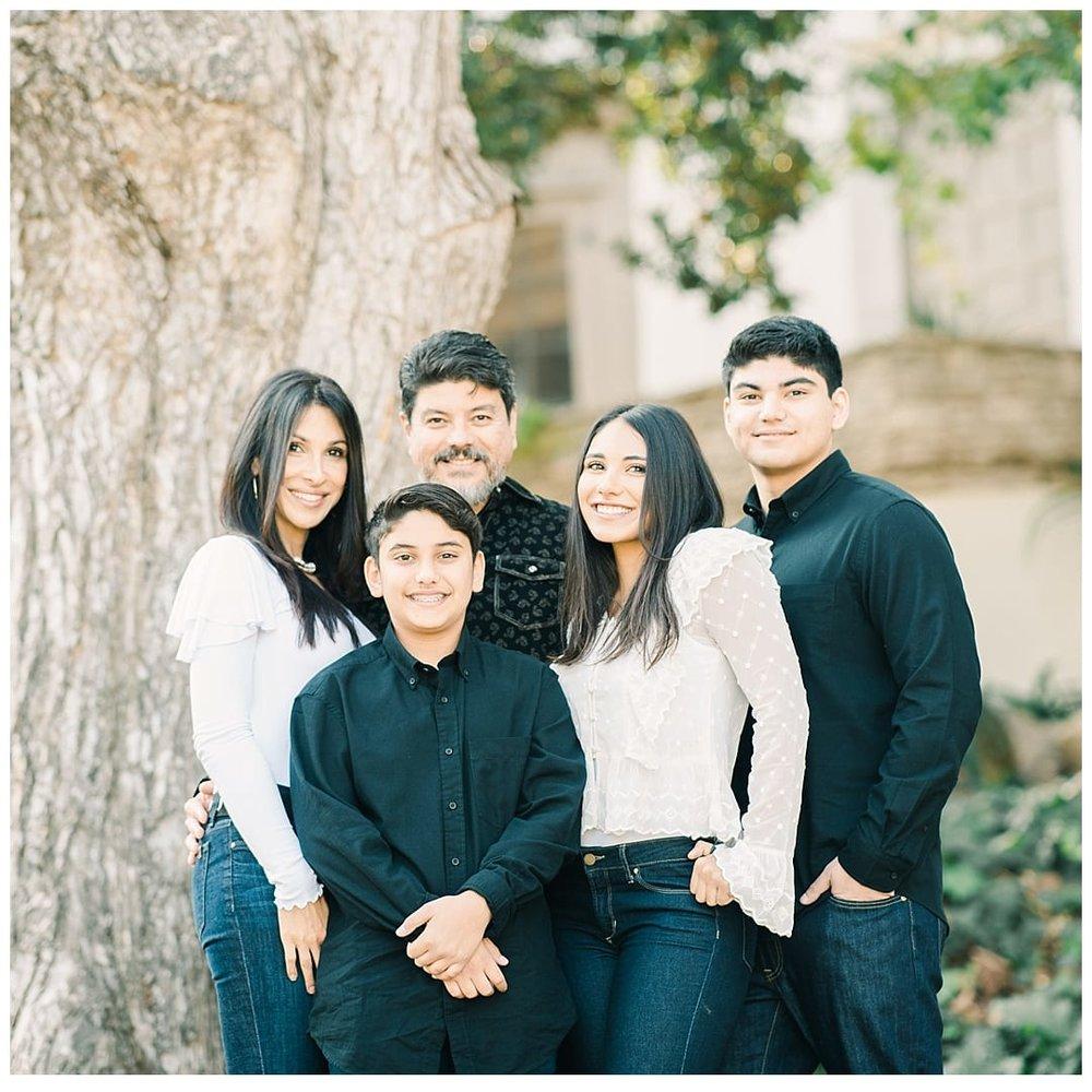 Los-Angeles-Family-Mini-Sessions-Wedding-Photographer-Carissa-Woo-Photography_0125.jpg