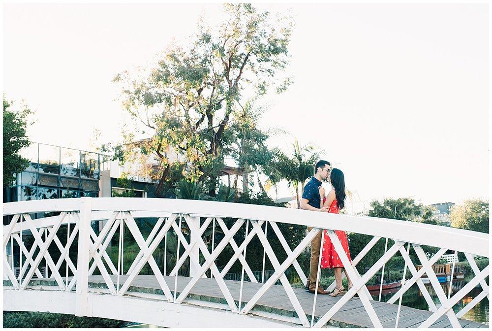 Venice-Beach-Board-walk-Engagement-Carissa-Woo-Photography_0026.jpg