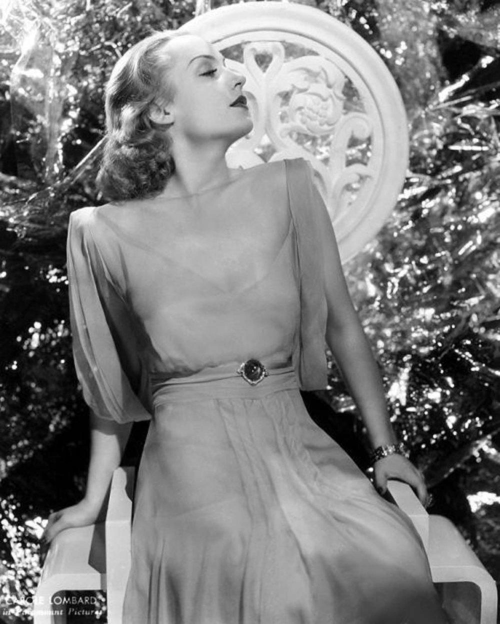 Carole Lombard (2).jpg