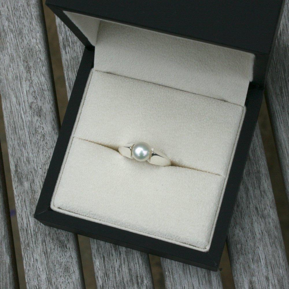 Custom-made jewelry-san diego.jpg