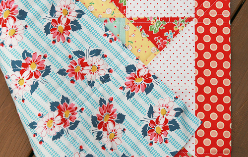 Mini Quilt by Fresh Lemons Quilts : Faith