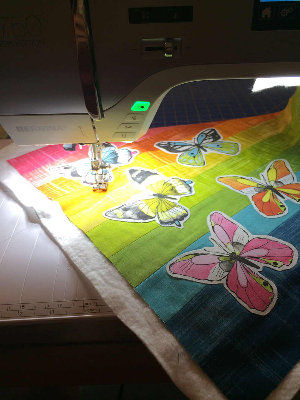 Flutter and Painter's Canvas by Laura Gunn; Fresh Lemons Quilts