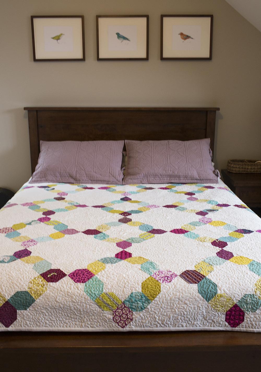 Unraveled, a quilt by Faith Jones for Scraps, Inc : Fresh Lemons Quilts