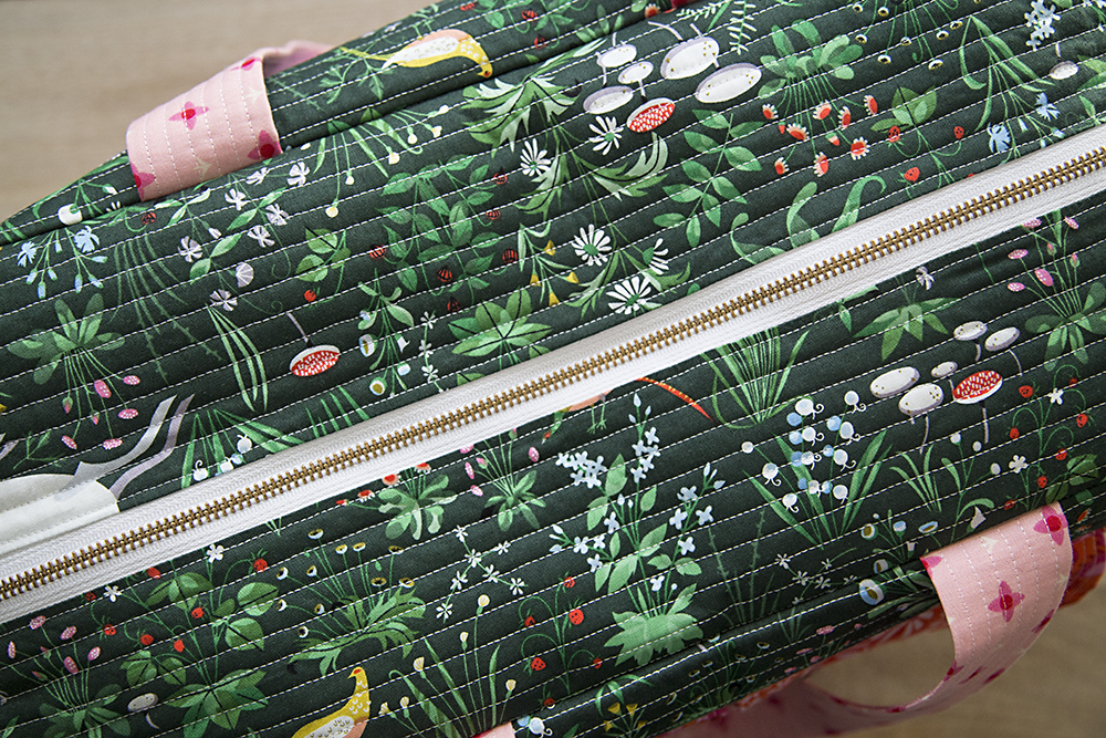 Cargo Duffle - pattern by Noodlehead : Fresh Lemons Quilts
