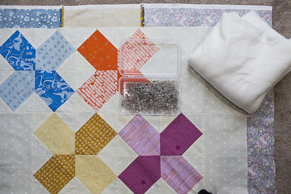 How to Pin Baste a Quilt : Fresh Lemons Quilts