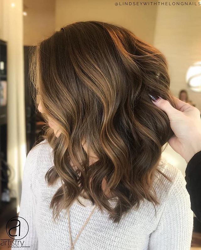 """@lindseywiththelongnails  performing miracles over here: """"We were able to achieve this look without lightener, which means: no toners, no breakage, no stress, and no maintenance. 🙌🏼👏🏼 👍🏼"""""""