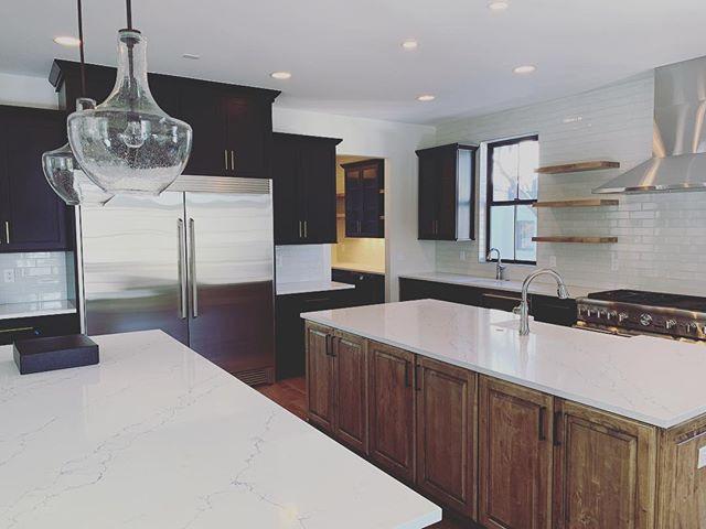 New Project Spotlight. Link in profile . . . #yourcoloradoelectricians #kitchen #denver #colorado #lovewhereyoudwell #yourcoloradoelectrician