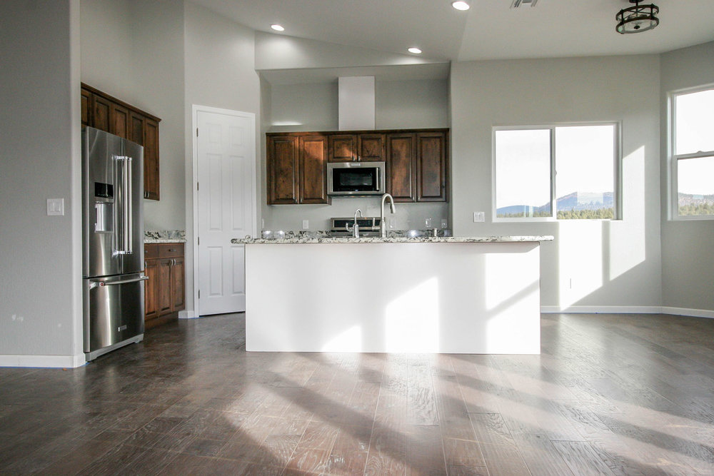 Girard - kitchen 4.jpg