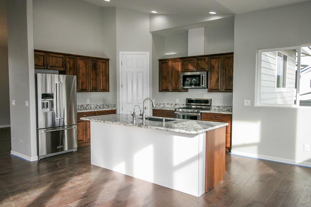 Girard - kitchen 5.jpg