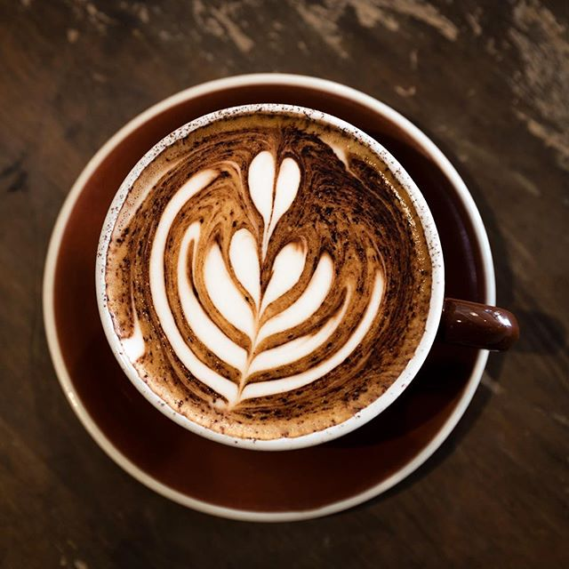 Morning Rituals . . . . #cinquemonavale #coffee #coffeeaddict #morning #coffeelover #sydneycafe #northenbeaches