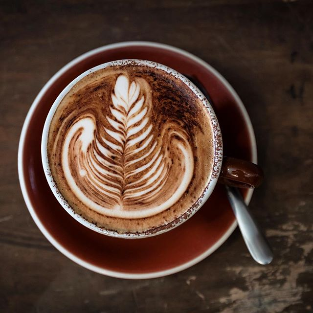 I hope everyone is ready for Christmas Day... We will be open tomorrow for takeaway coffee from 7am-10am  Merry Christmas from the Cinque team xx . . . . #cinquemonavale #christmas #coffee #coffeeart #coffeelover #cafe #sydney #northernbeaches #hoildays #summer #mornings