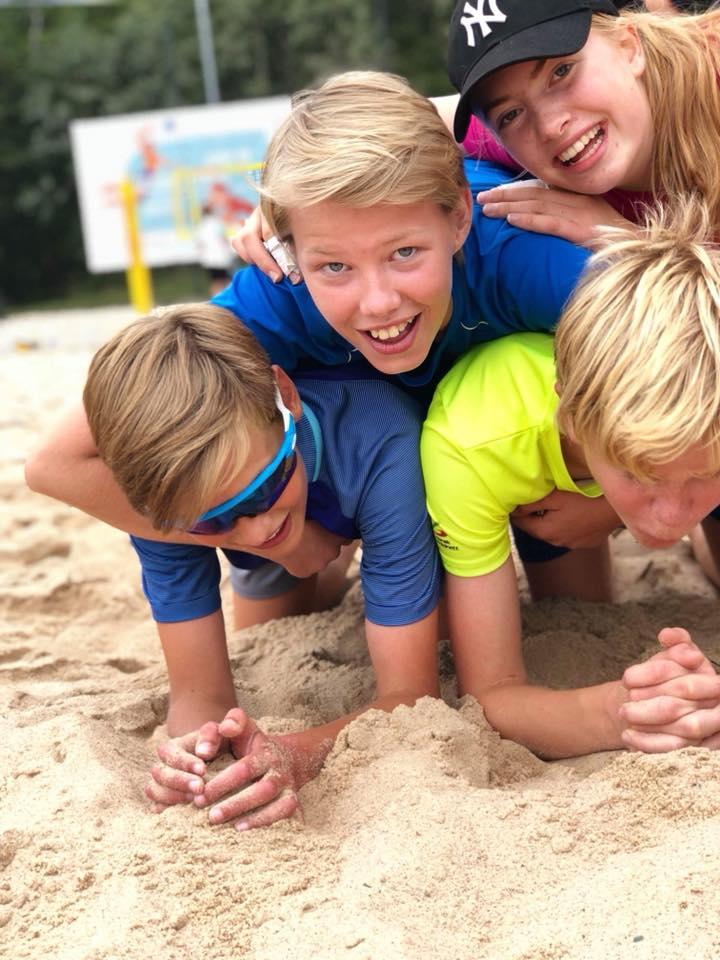 sandvolleyballskole.jpg