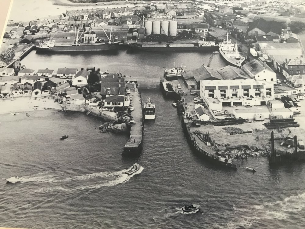THE HISTORY OF THE - EXMOUTH DOCKS