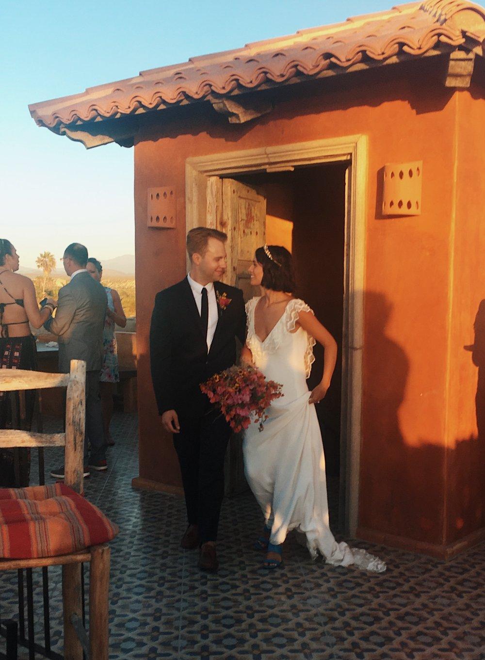 Claire Eliza & Jack DiBlasi Wedding Villa Santa Cruz Todos Santos A La Robe