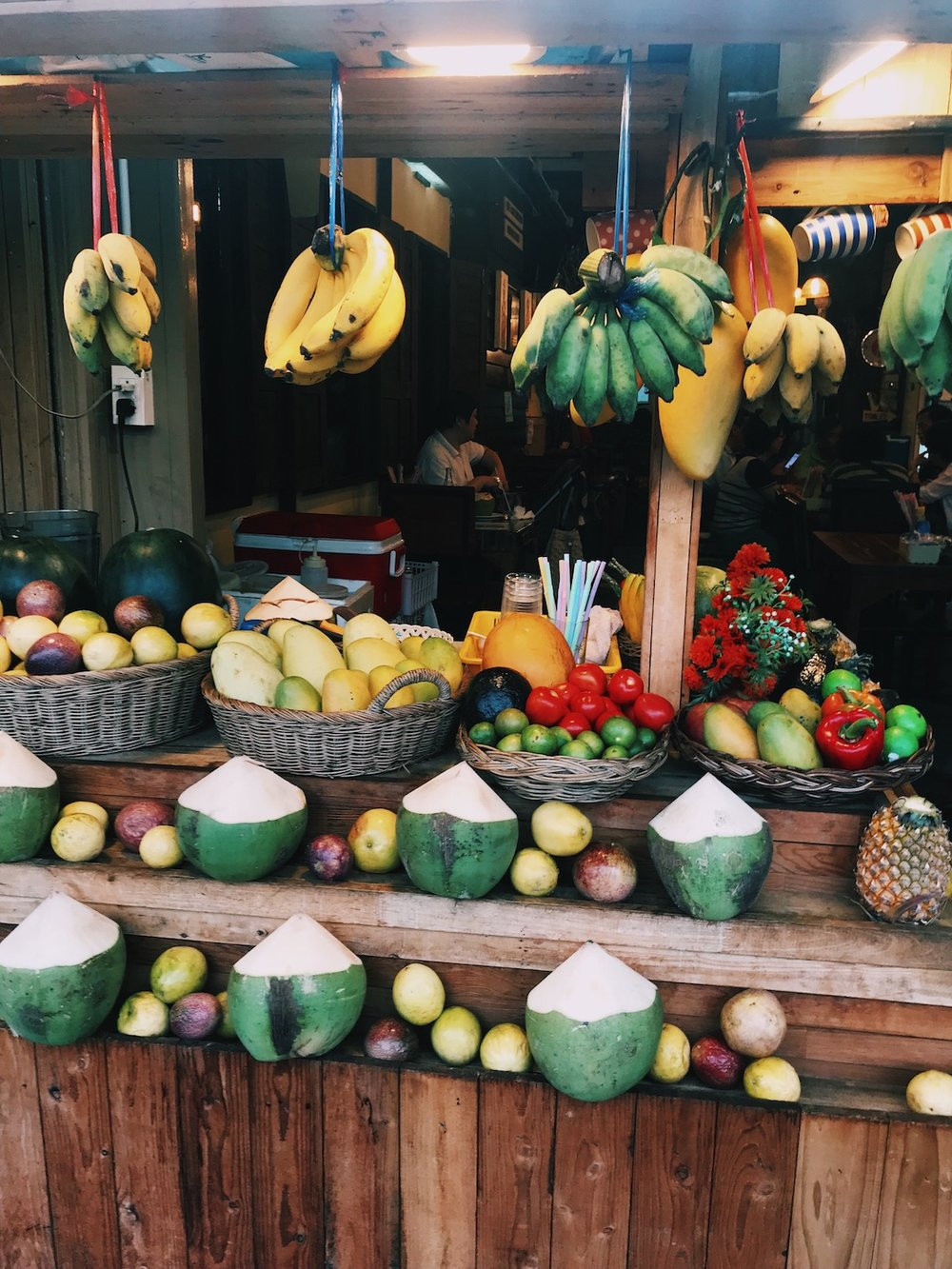 The Foodie Guide to Chiang Mai Thailand - Adventure Claire - Aroy Dee - Claire Eliza