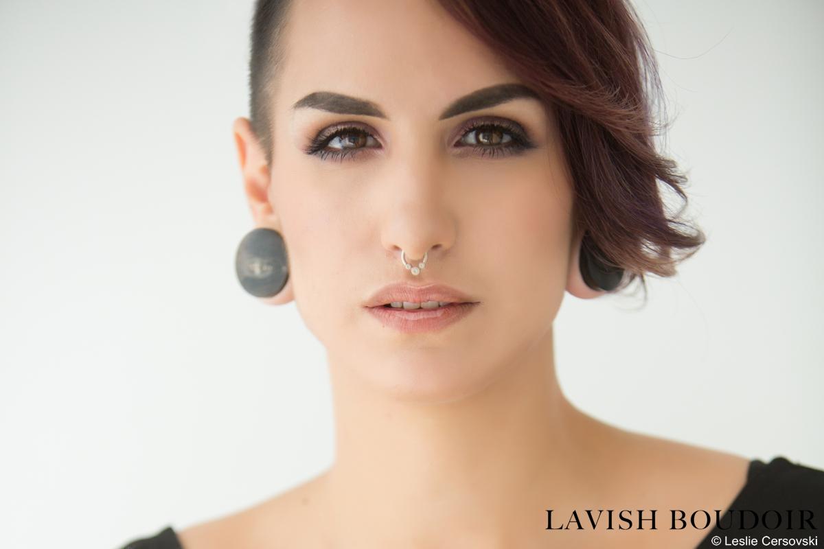 EM-Lavish-Boudoir-Leslie-2015-06